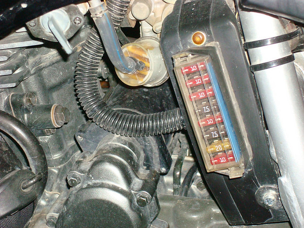 KLR wiring question – Klr 650 Fuse Box Location